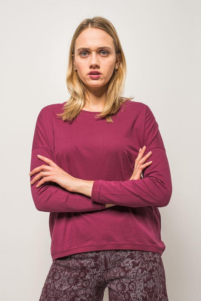 Alma Lovis Loose Shirt Berry 2