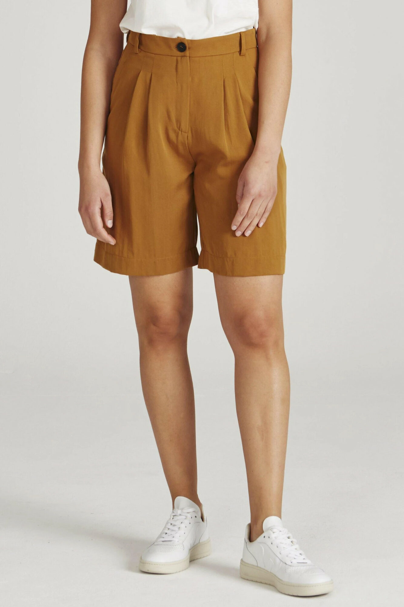 Givn Shorts Petra Rubber Brown 2