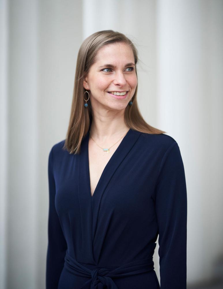 Julia Niedenzu Portrait