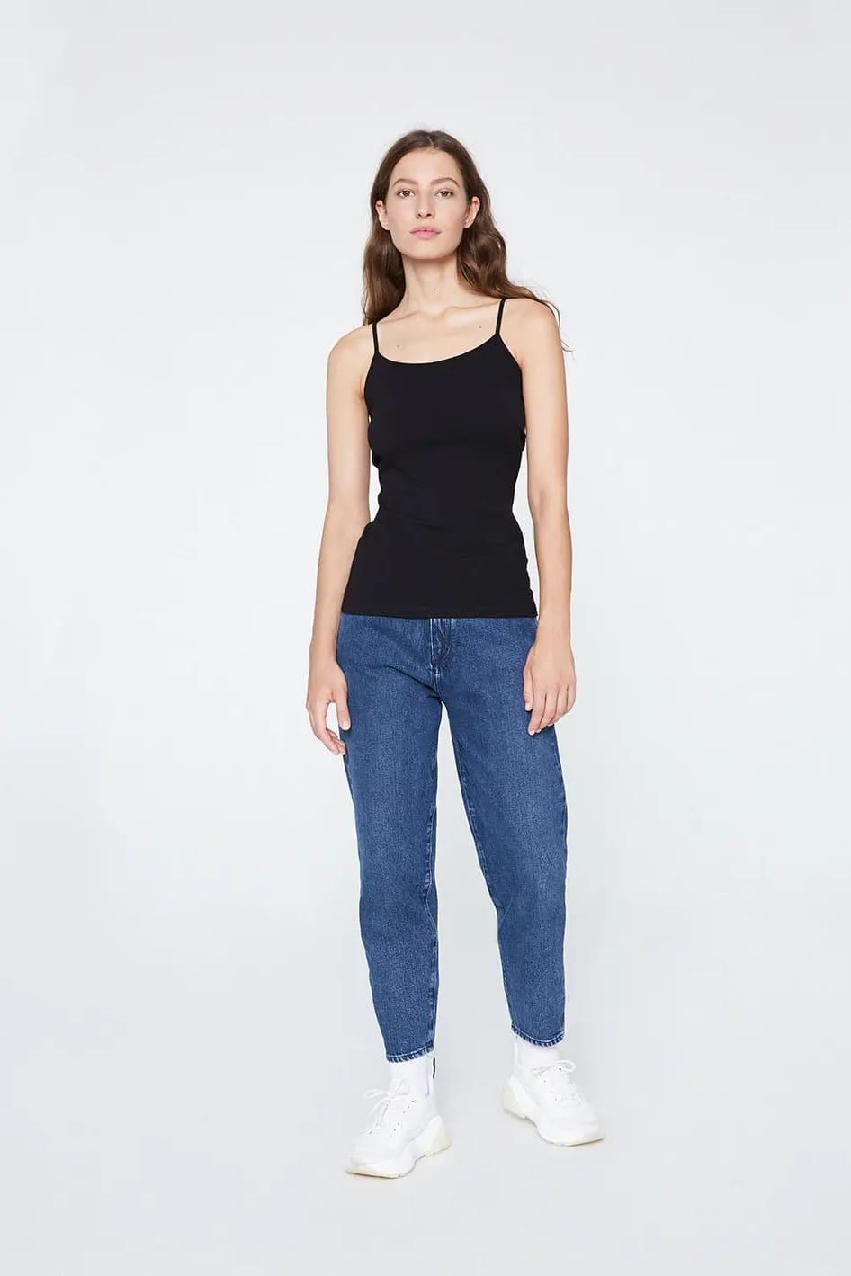 roberta organic fashion Armedangels Top Daani black 3