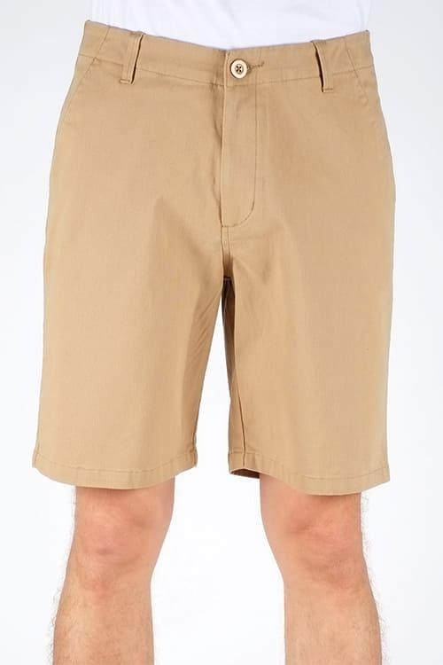 Chino Shorts für Männer von Dedicated in Beige