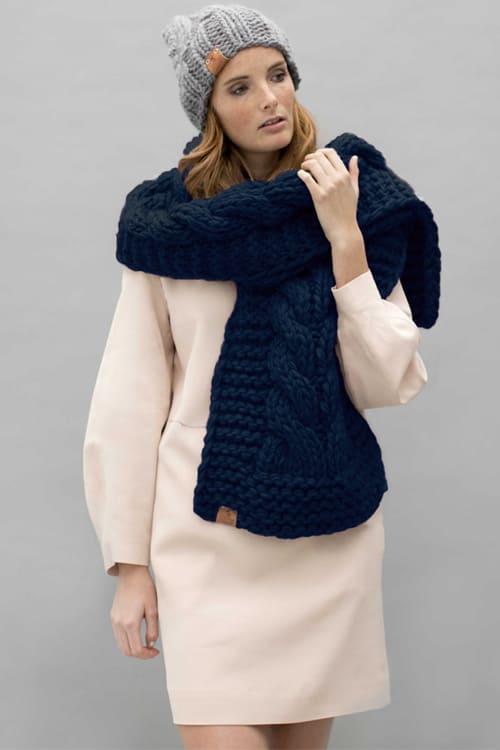 roberta organic fashion Grannys finest Schal Teun jeansblau 2