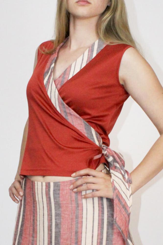 Roberta Organic Fashion Inti Ferreira Rotes Top Mit Leinen