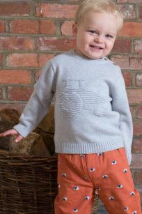 Pullover aus grauem Strick für kleine Jungs