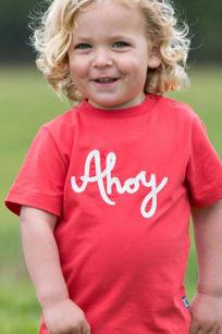 Rotes T-Shirt für Jungs mit Stickerei Ahoi