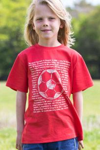 Rotes T-Shirt mit Fußball von Kite Clothing bei roberta organic fashion