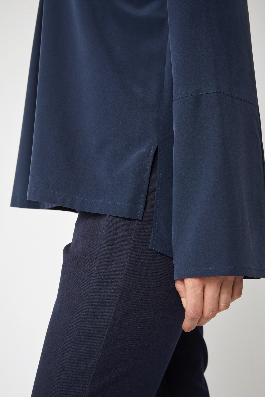 roberta organic fashion Lanius Seidenbluse navy detail