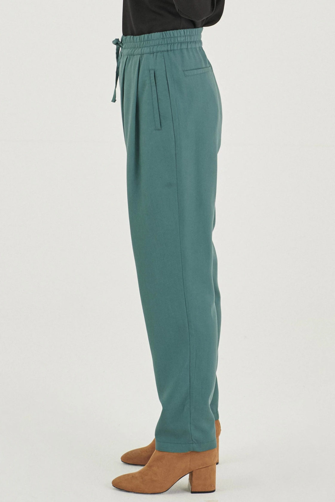 Roberta Organic Fashion Organication Hose Seaweed 2