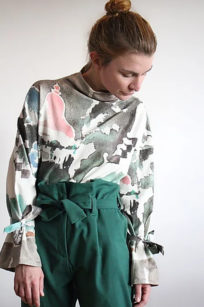 Sommerliches Sweatshirt mit Aquarellprint Bali