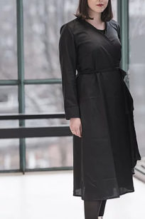 Roberta Organic Fashion Sophia Schneider Esleben Wickelkleid Schwarz 3
