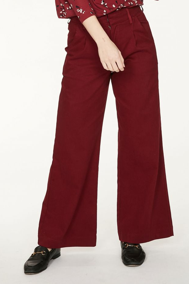 Roberta Organic Fashion Thought Hose Keri Ruby Red 3