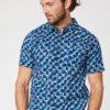 Kurzarm-Hemd mit abstraktem Muster