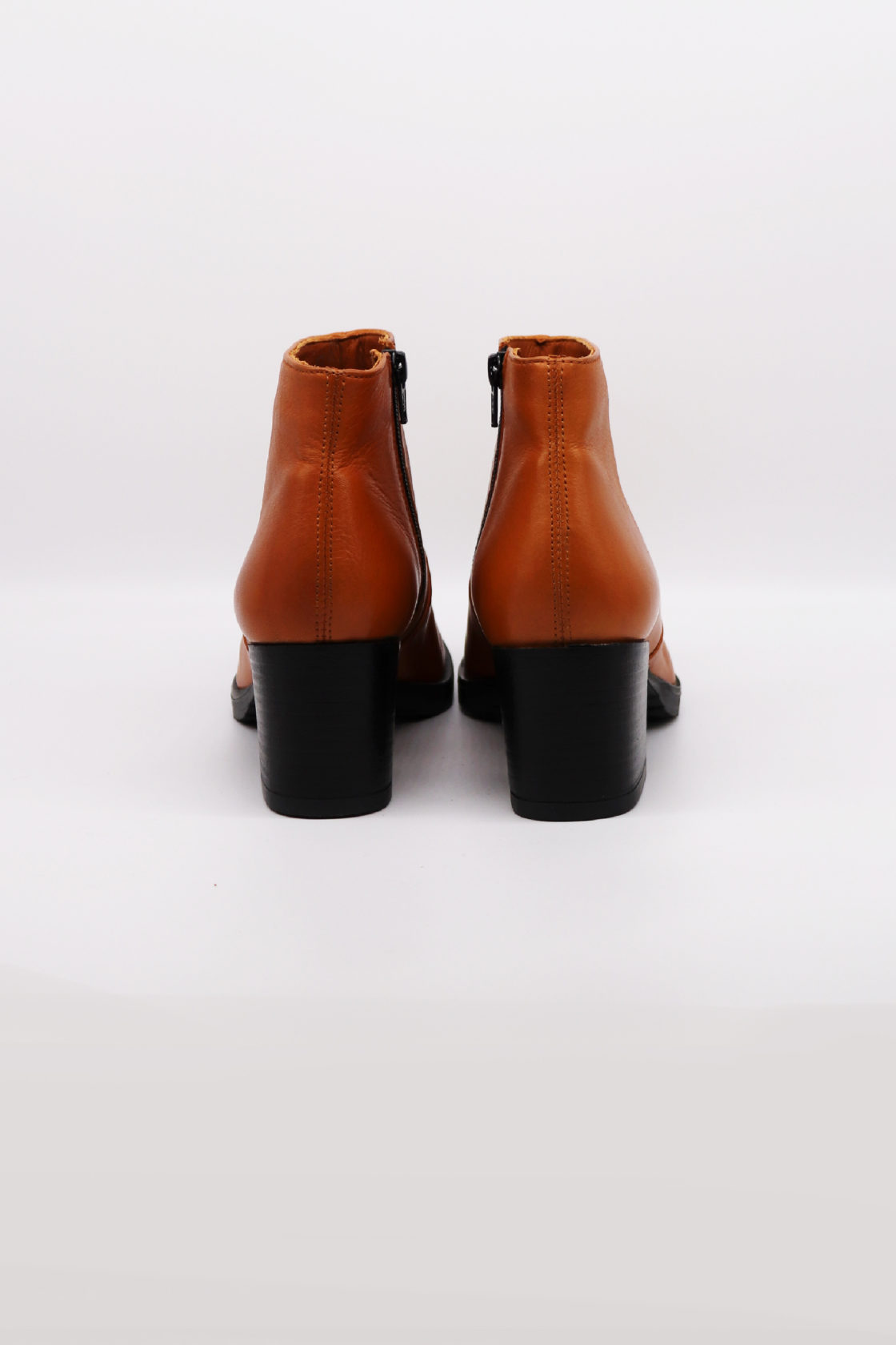 Roberta Organic Fashion Werner Ankle Boots Cognac 1