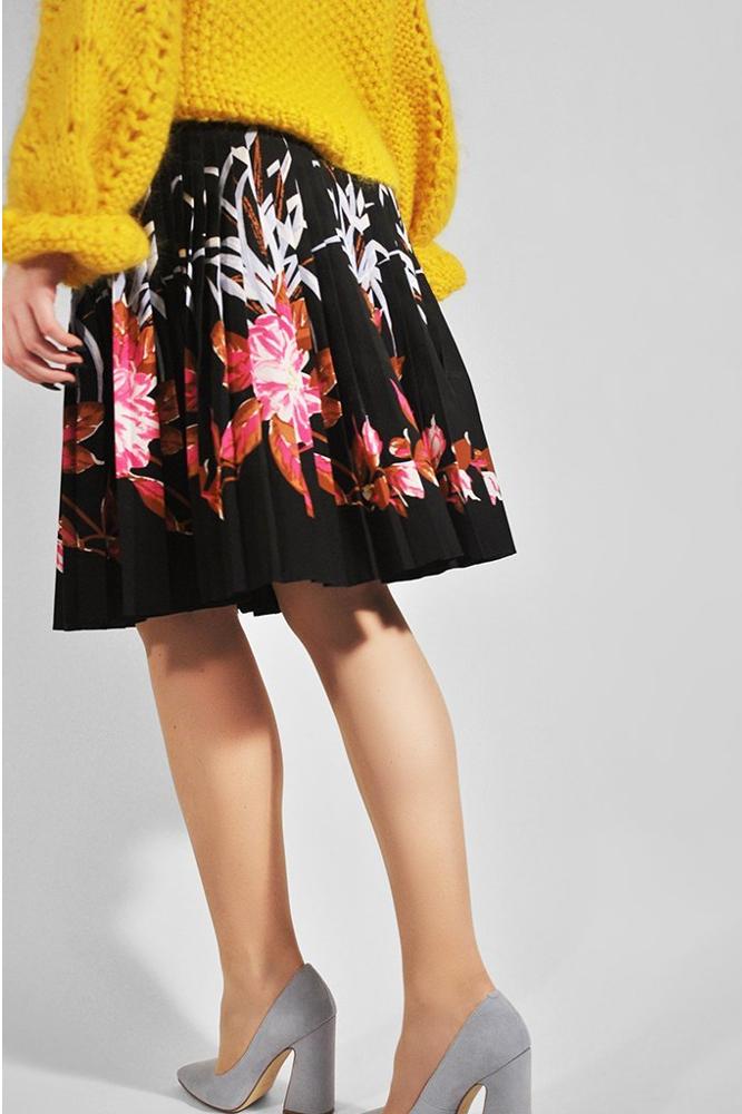 roberta organic fashion swedish stockings Elin nude getragen