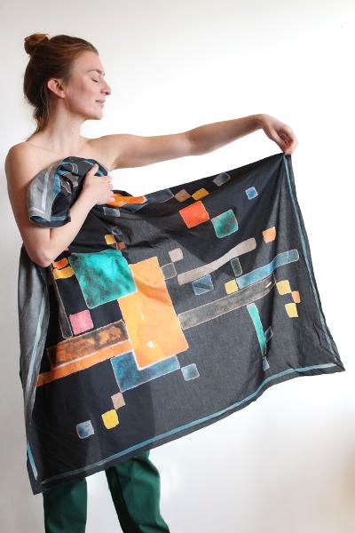 Nachhaltige Mode mit Bauhaus Motiv von Paul Schneider Esleben